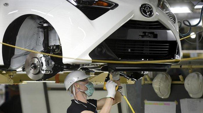 Toyota выпустит электрокар с батареей для использования в быту