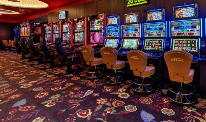 Гонконг соглашается на поставку игр для новых казино в 2019 году