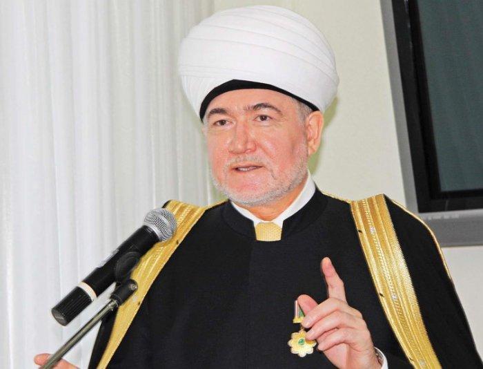 Муфтий Гайнутдин призвал мусульман России праздновать Ураза-байрам дома